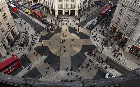 oxford-curcus-crossing-pic-getty-images-436617719